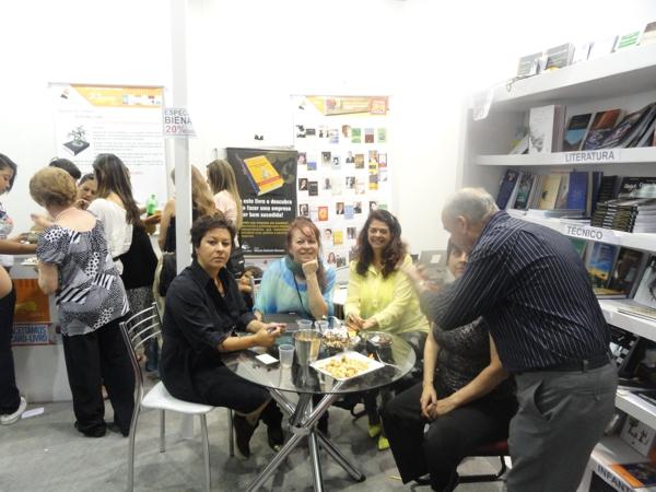 As autoras Andréa, Cecília e Ivânia